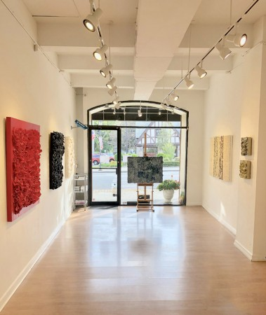 Madelyn Jordon Fine Art BARBARA HIRSCH: ALL AFLUTTER Install 10