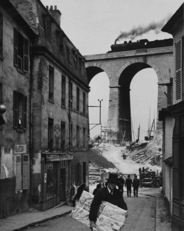 Madelyn Jordon Fine Art ANDRÉ KERTÉSZ & THEODORE FRIED: CONVERGING JOURNEYS IN THE MODERNIST AGE 21
