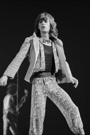 Madelyn Jordon Fine Art ALLAN TANNENBAUM: GRIT AND GLAMOUR Mick Jagger performs